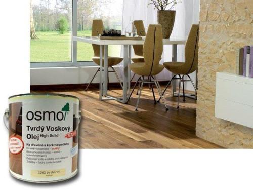 přírodní oleje na dřevěnou podlahu